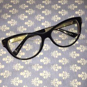 Gucci Eyeglass Frames!!
